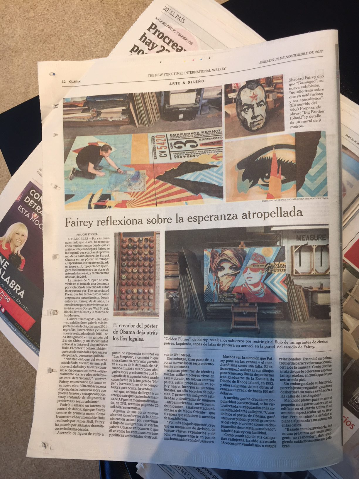 the new york times the spanish weekly garc a media. Black Bedroom Furniture Sets. Home Design Ideas